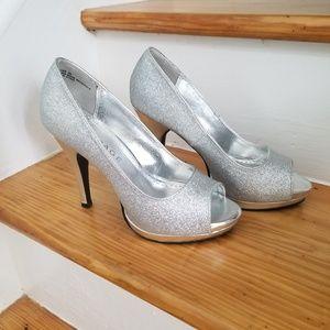 Rampage silver glitter peep toe heels